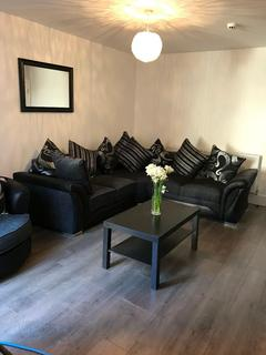 6 bedroom terraced house to rent - Dial St, Kensington