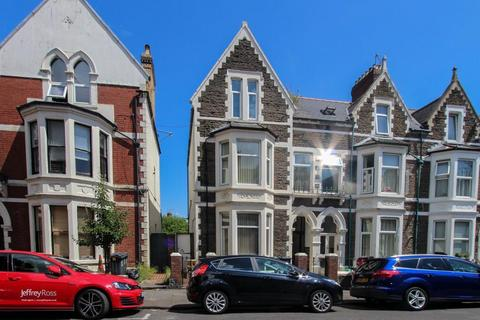 2 bedroom flat to rent - Connaught Road, Roath