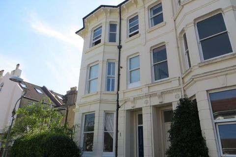 2 bedroom flat - Upper Hamilton Road, Brighton, East Sussex