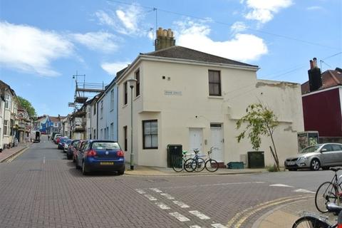 2 bedroom flat to rent - Grove Street, Brighton BN2 9NY