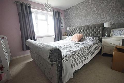 2 bedroom terraced house for sale - Badminton Road, Matson, Gloucester, Gloucester