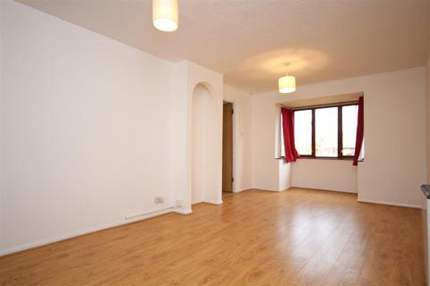 2 bedroom flat to rent - Cotton Avenue, North Acton, W3 6YE