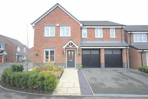 5 bedroom detached house for sale - Blundell Drive, Stone