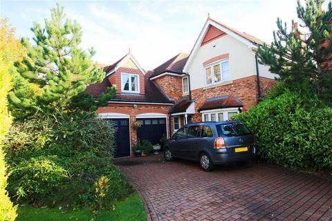 5 bedroom detached house for sale - Harrow Close, Regents Park, Wilmslow