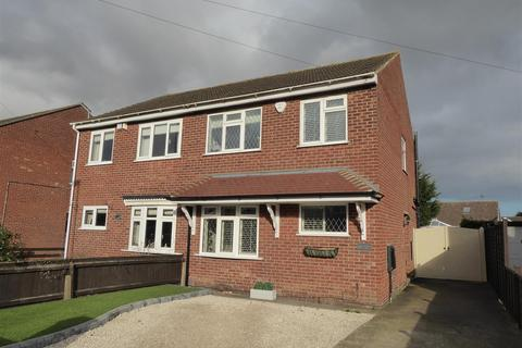 3 bedroom semi-detached house for sale - Thorganby Road, Cleethorpes