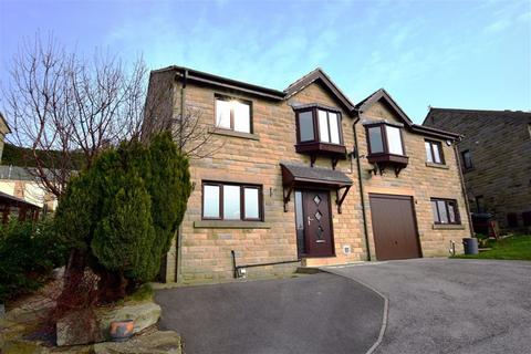 3 bedroom semi-detached house for sale - Kestrel View, Shelley, Huddersfield, HD8