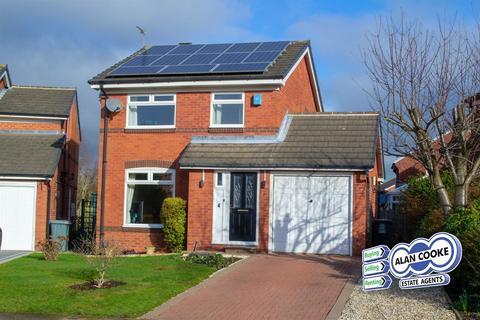 3 bedroom detached house for sale - Kestrel Grove, Alwoodley