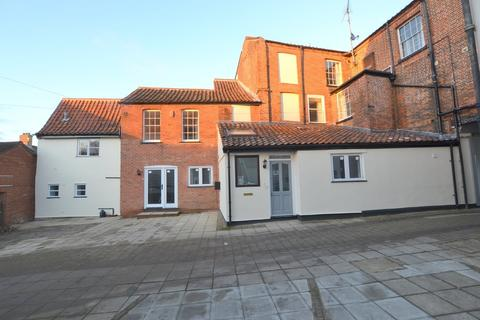 2 bedroom townhouse to rent - Market Place, North Walsham