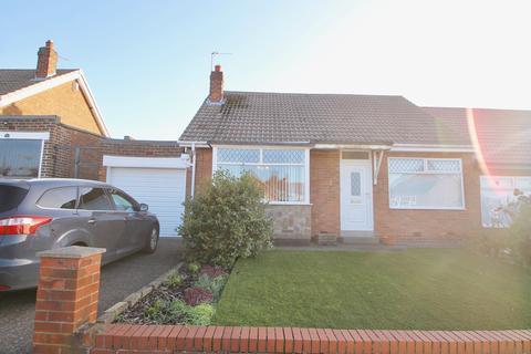 3 bedroom semi-detached bungalow to rent - Birchfield Gardens, Low Fell