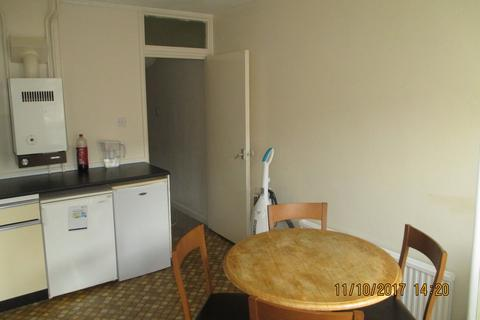 3 bedroom townhouse to rent - Great Southsea Street, Southsea