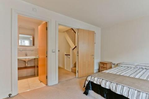 House share to rent - St. Davids Square, London, E14