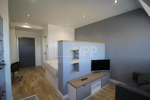 Studio to rent - Q Two Residence, 25 Queen Street, Leeds, LS1