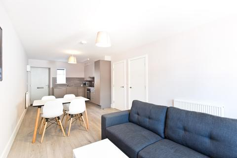 2 bedroom apartment to rent - Student Property - Lynthorpe House, Baron Street, Shoreham Street, Sheffield S1