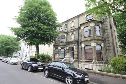 2 bedroom flat to rent - Wilbury Road, Hove BN3