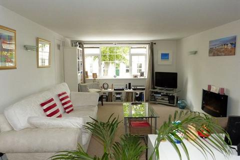 2 bedroom end of terrace house to rent - All Saints Mews, All Saints Road, Cheltenham, GL52 2HG