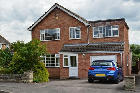 4 bedroom house share to rent - Room 1, Delabere Road, Bishops Cleeve, Cheltenham, GL52 8AN