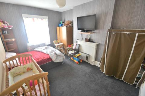 Studio to rent - London Road, Reading