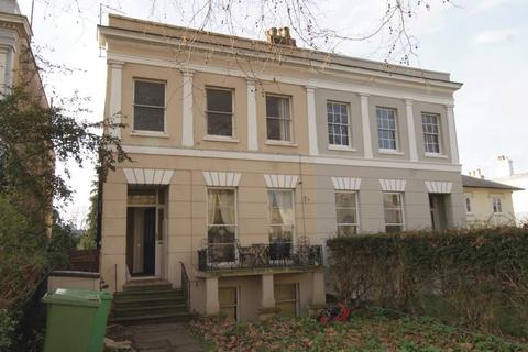 2 bedroom apartment to rent - London Road, Cheltenham, GL52