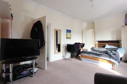 3 bedroom flat to rent - Venetian Road, Camberwell