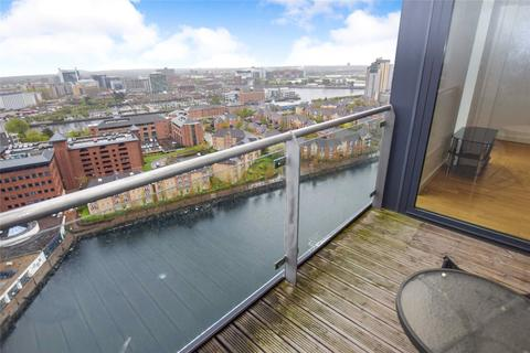 2 bedroom apartment for sale - Millennium Tower, 250 The Quays, Salford, Greater Manchester, M50