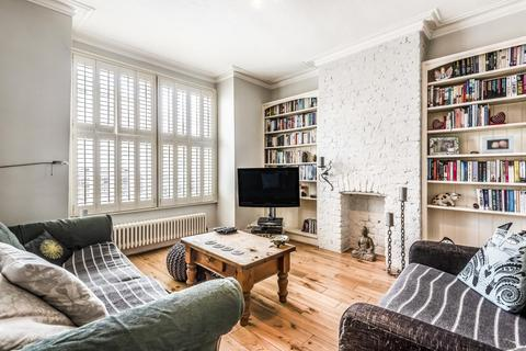 3 bedroom terraced house for sale - Pevensey Road, Tooting