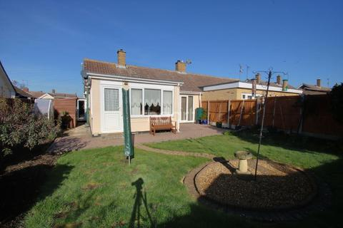 2 bedroom bungalow for sale - Weymouth Road, Chelmsford