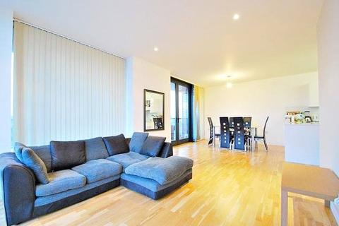 3 bedroom flat to rent - Amelia Street, London, SE17
