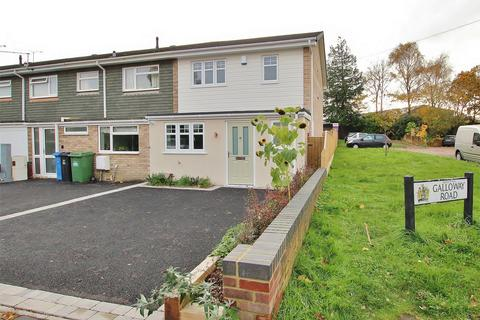 3 bedroom semi-detached house for sale - Galloway Road, Hamworthy, POOLE, Dorset