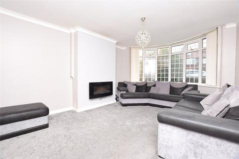 3 bedroom semi-detached house to rent - Carr Manor Road, Leeds, West Yorkshire