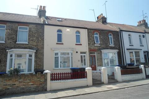 3 bedroom terraced house to rent - Margate