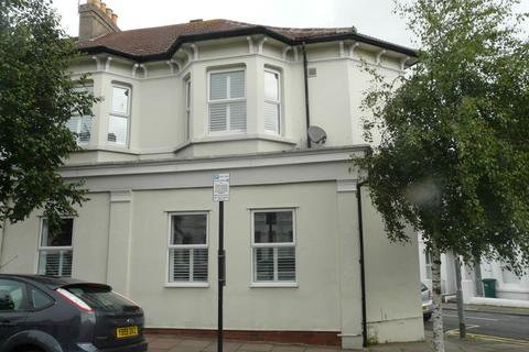 3 bedroom house to rent - Upper Hamilton Road, ,