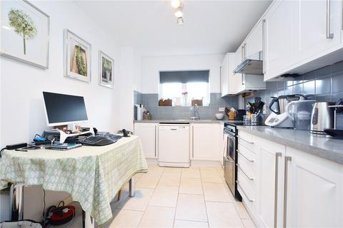 2 bedroom apartment to rent - Essex Court, Station Road, London, SW13