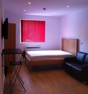 Studio to rent - Sketty Road, Uplands, Swansea