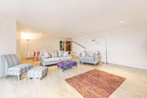 2 bedroom apartment to rent - Drake House, St George Wharf, Vauxhall