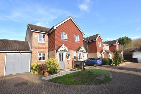 3 bedroom semi-detached house for sale - Ridgeways, Harlow