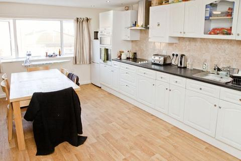 6 bedroom terraced house to rent - Burton Road, Lincoln