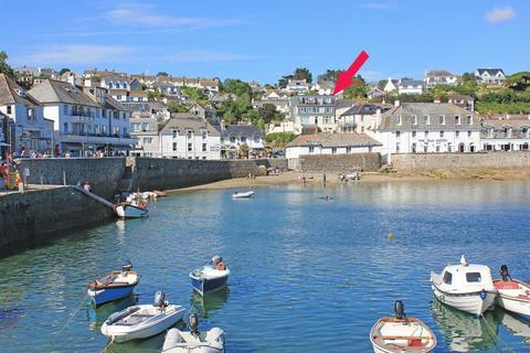 3 bedroom apartment for sale - St Mawes Village Centre
