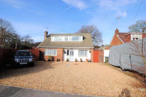 4 bedroom detached bungalow for sale - Grosvenor Gardens, West End