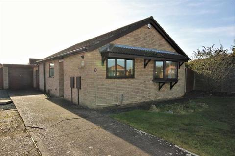 2 bedroom detached bungalow for sale - Marigold Close, Lincoln, Lincolnshire