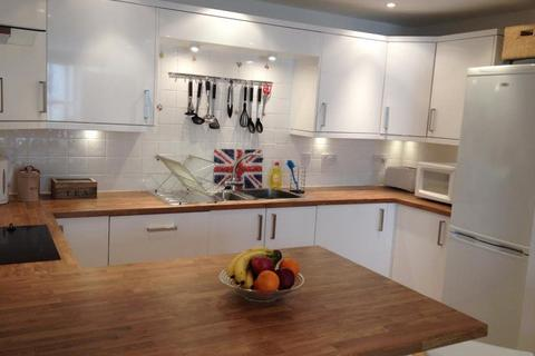 2 bedroom house to rent - Middle Street, Brighton