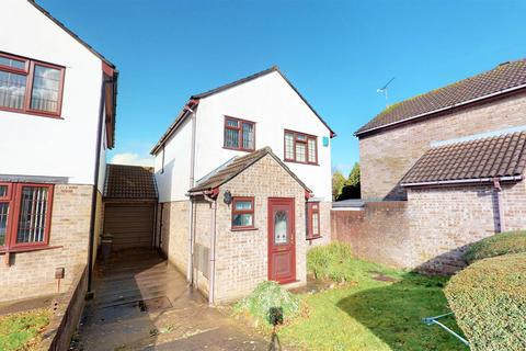 3 bedroom detached house for sale - Beechwood Close, Stockwood