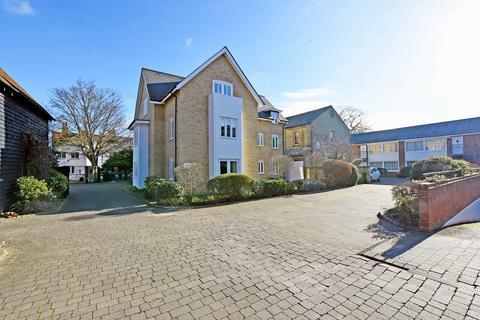2 bedroom penthouse for sale - Kneesworth Street, ROYSTON, SG8