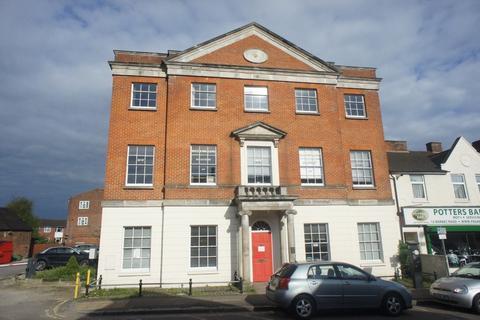 Property to rent - Barnet Road, Potters Bar