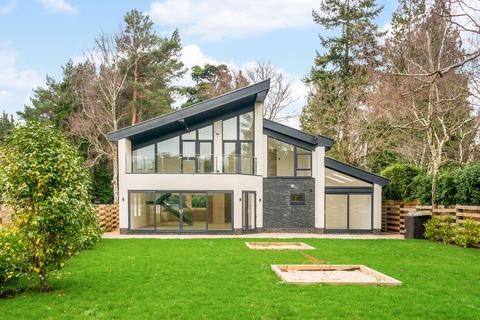 4 bedroom detached house for sale - Upper Golf Links Road, Broadstone, BH18