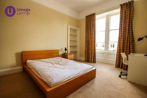 3 bedroom flat to rent - Arden Street, Marchmont, Edinburgh, EH9