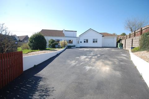 4 bedroom detached bungalow for sale - Parkham