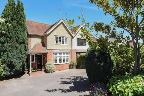 4 bedroom semi-detached house to rent - Allcroft Road, Reading
