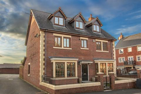 Ribblesdale Place Preston 7 Bed Block Of Apartments 163