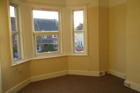 2 bedroom flat to rent - Lyndhurst Road, Exmouth EX8