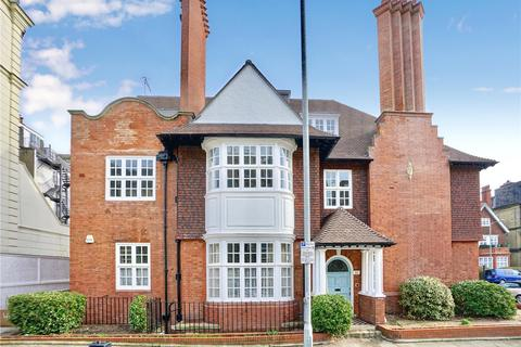 Studio to rent - Grand Avenue, Hove, East Sussex, BN3